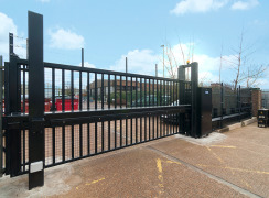 IWA 14 HVM Terra G8 Sliding Cantilevered Gate